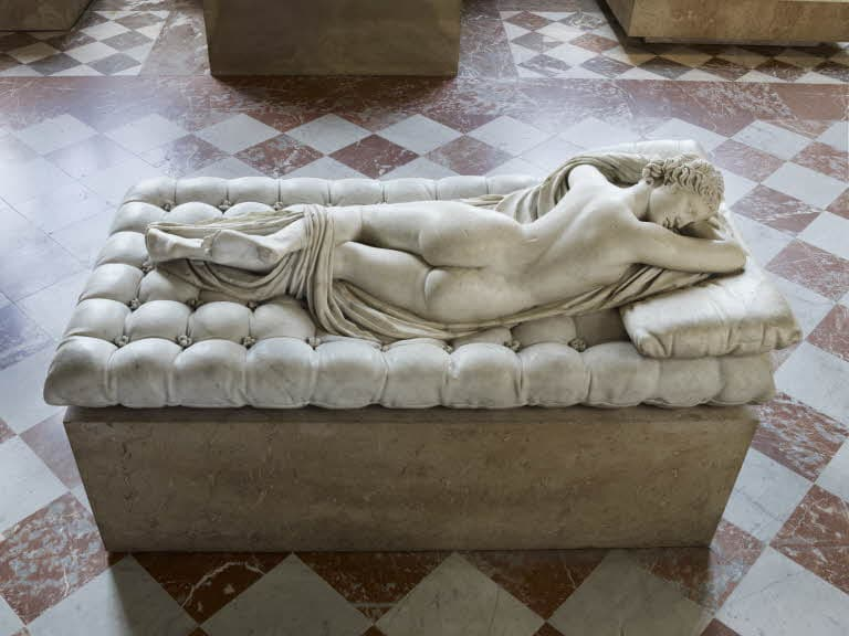 Visit the Louvre tips: 6 ideas for a memorable visit